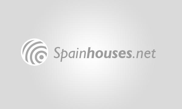 Piso bajo en Ibiza (Madrid)