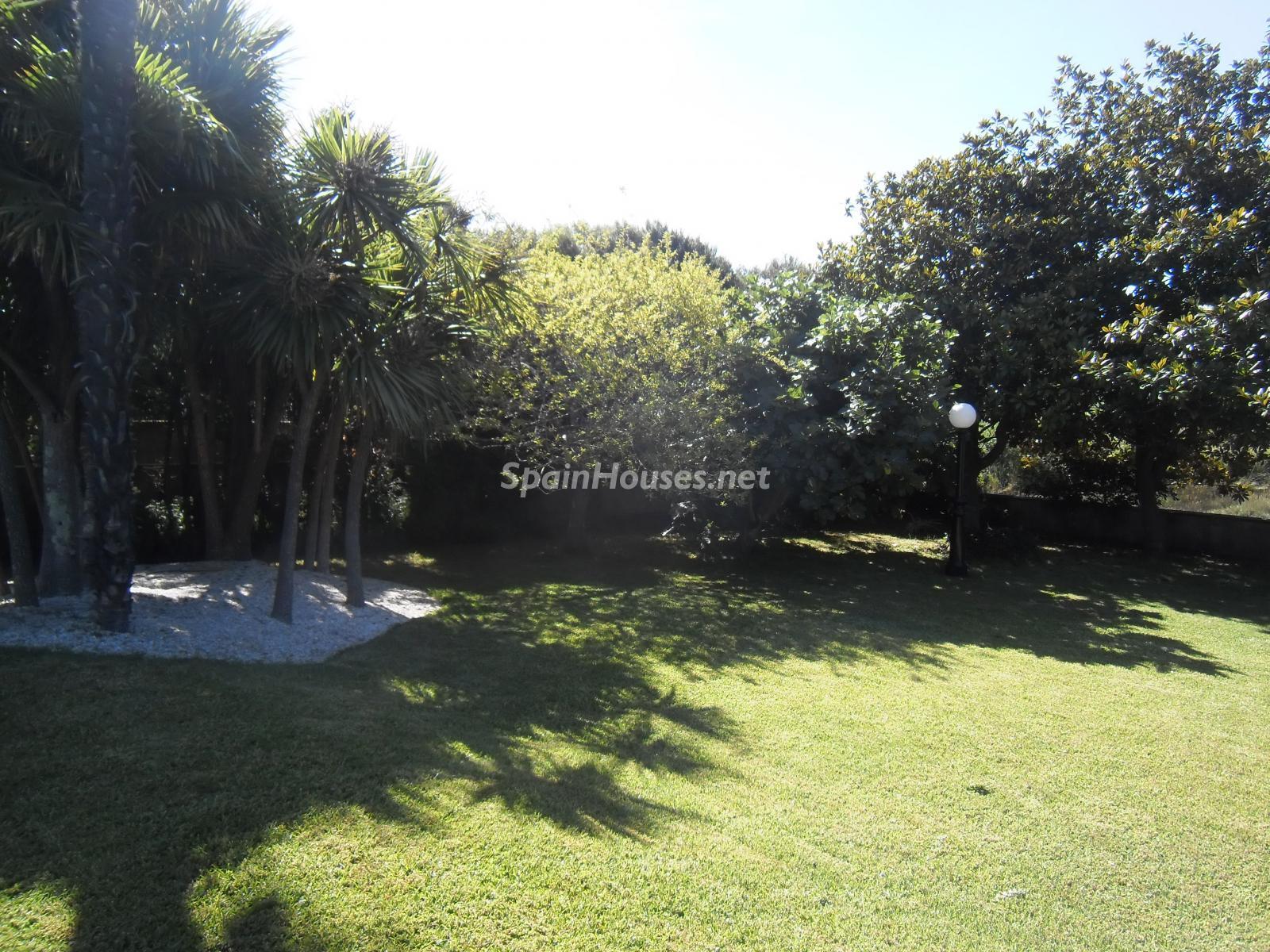 Foto 4 - Chalet independiente en venta en Oleiros, Ref: 1825929