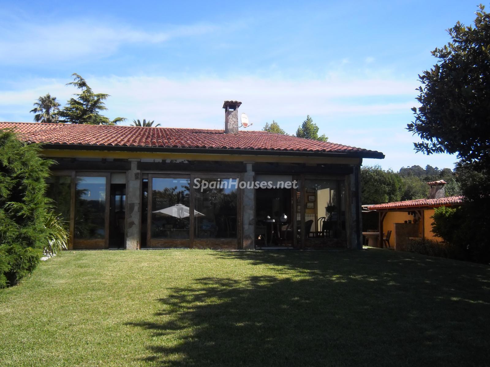 Foto 21 - Chalet independiente en venta en Oleiros, Ref: 1825929