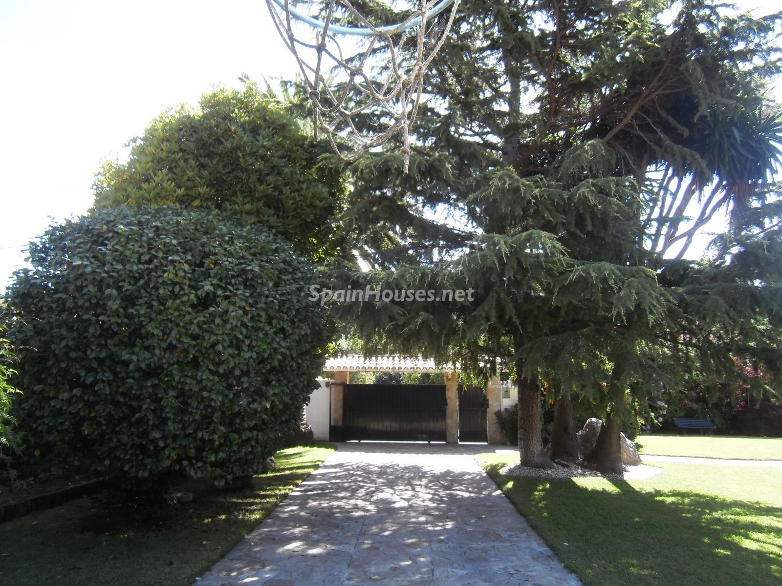 Foto 31 - Chalet independiente en venta en Oleiros, Ref: 1825929