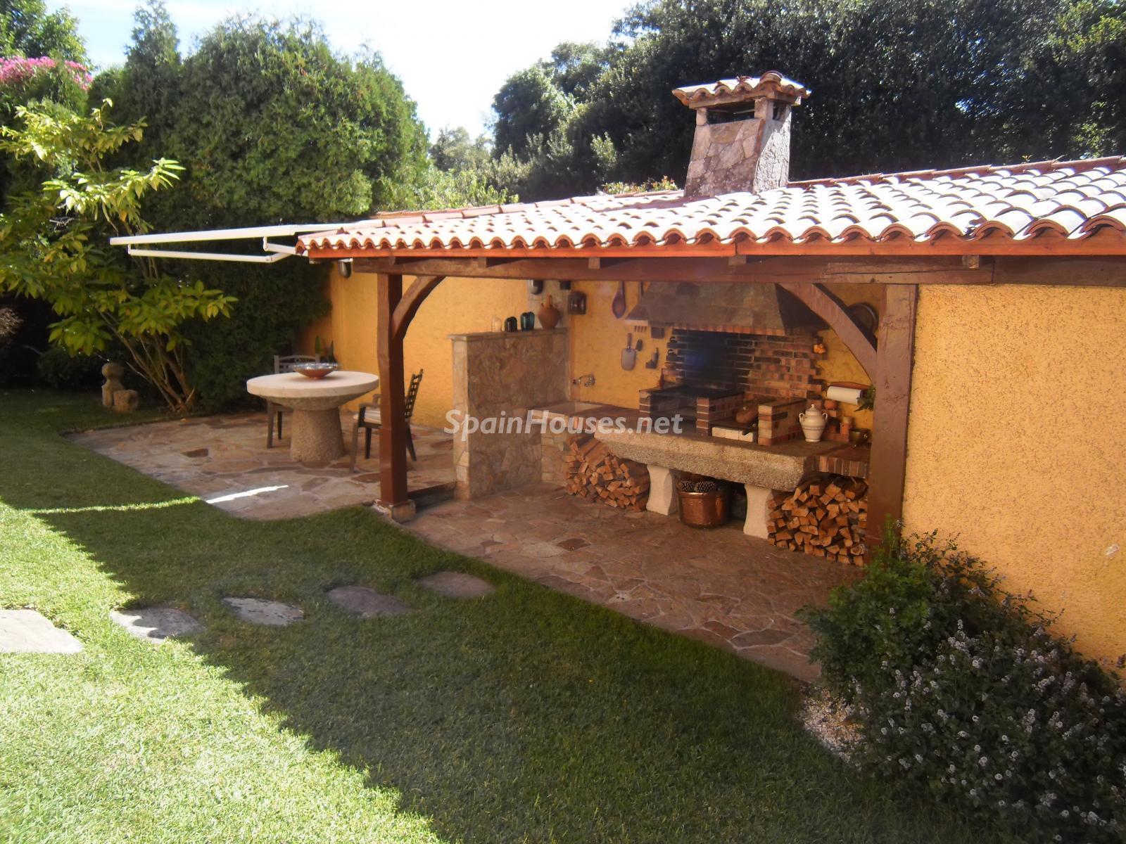 Foto 39 - Chalet independiente en venta en Oleiros, Ref: 1825929