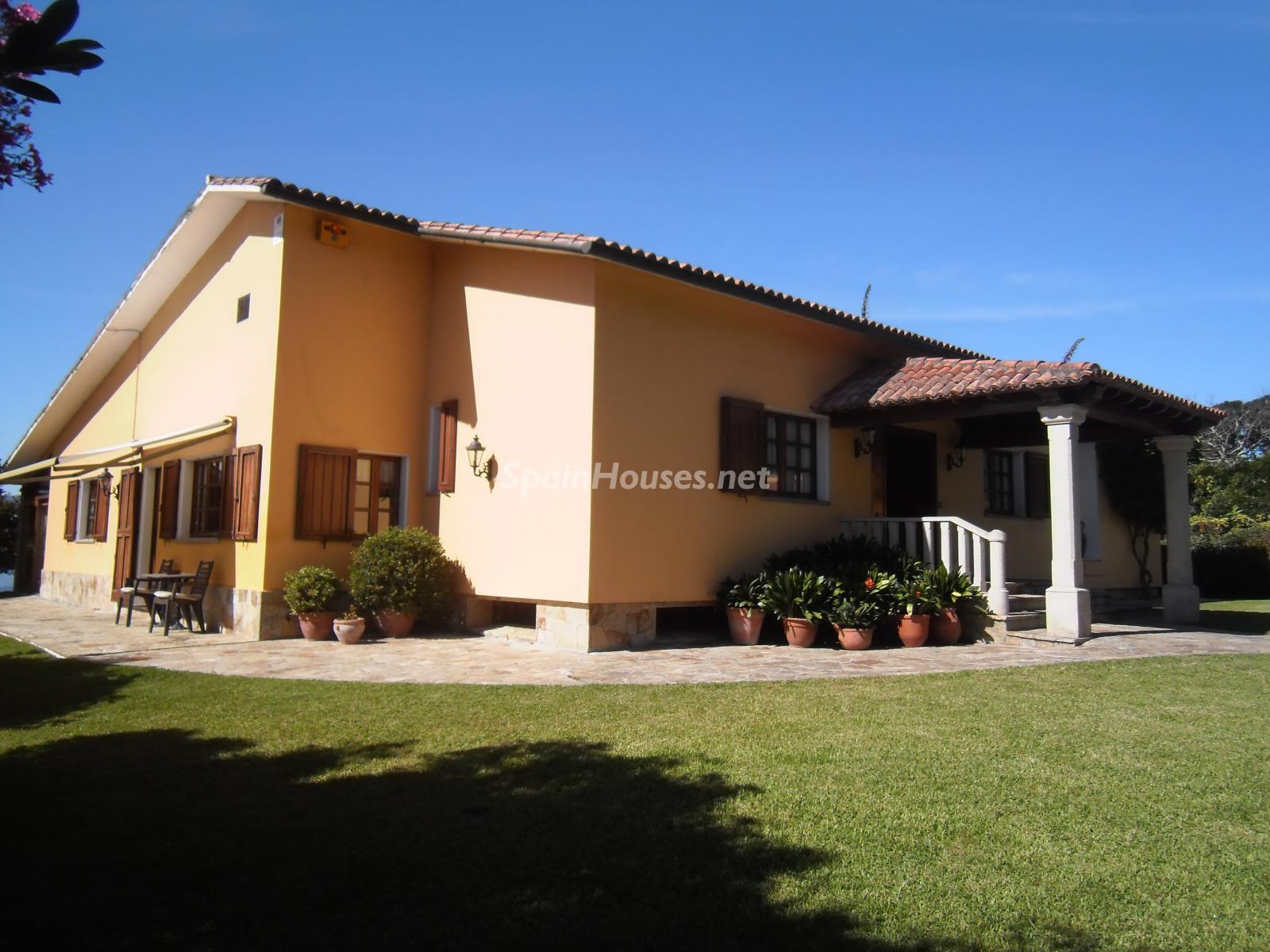 Foto 41 - Chalet independiente en venta en Oleiros, Ref: 1825929