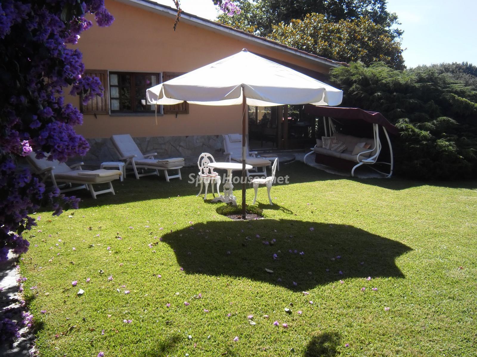 Foto 43 - Chalet independiente en venta en Oleiros, Ref: 1825929