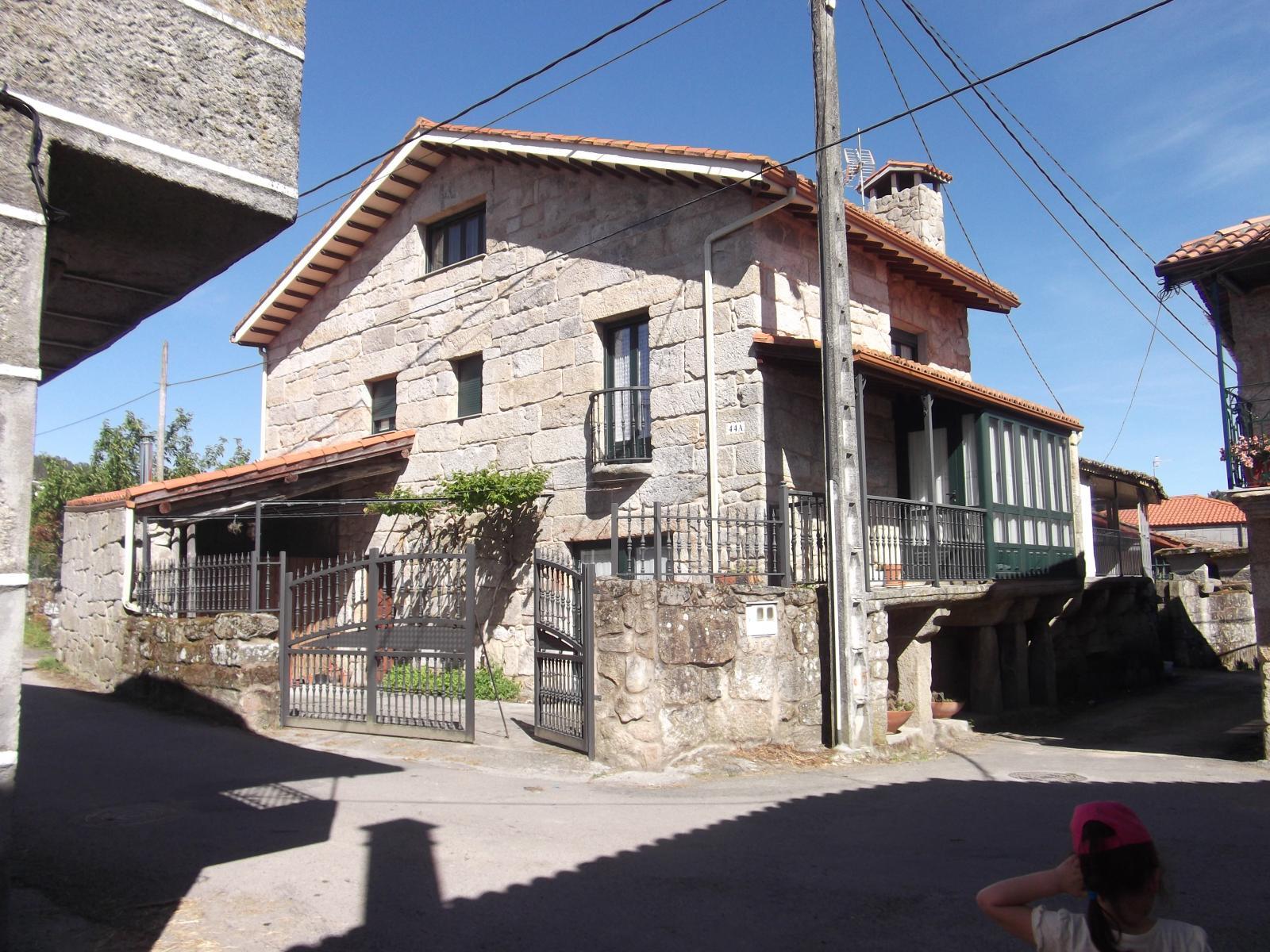 Casa Rural en Venta en Esgos