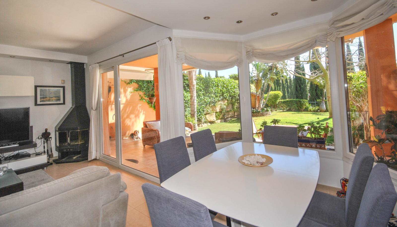 Properties on the beach in Spain - SpainHouses net
