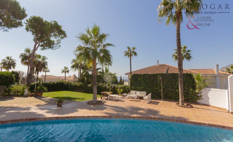 b462145e8720 Properties in Torrequebrada